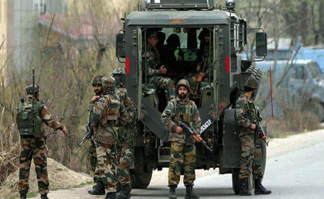 J-K: राज्यपाल शासन के बाद मुठभेड़ में 4 आतंकी ढेर